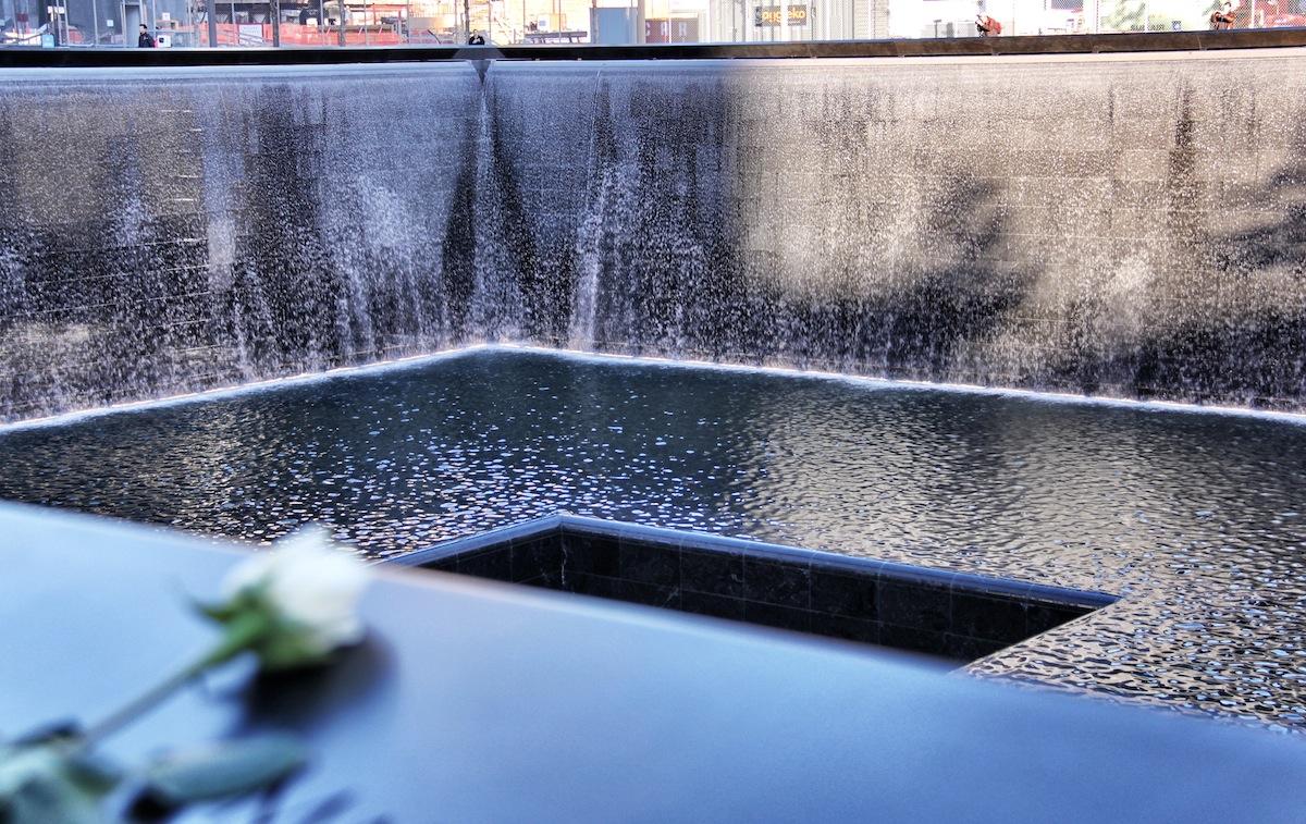 Reflecting pools lady fi - Ground zero pools ...