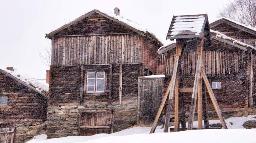Mining huts copy
