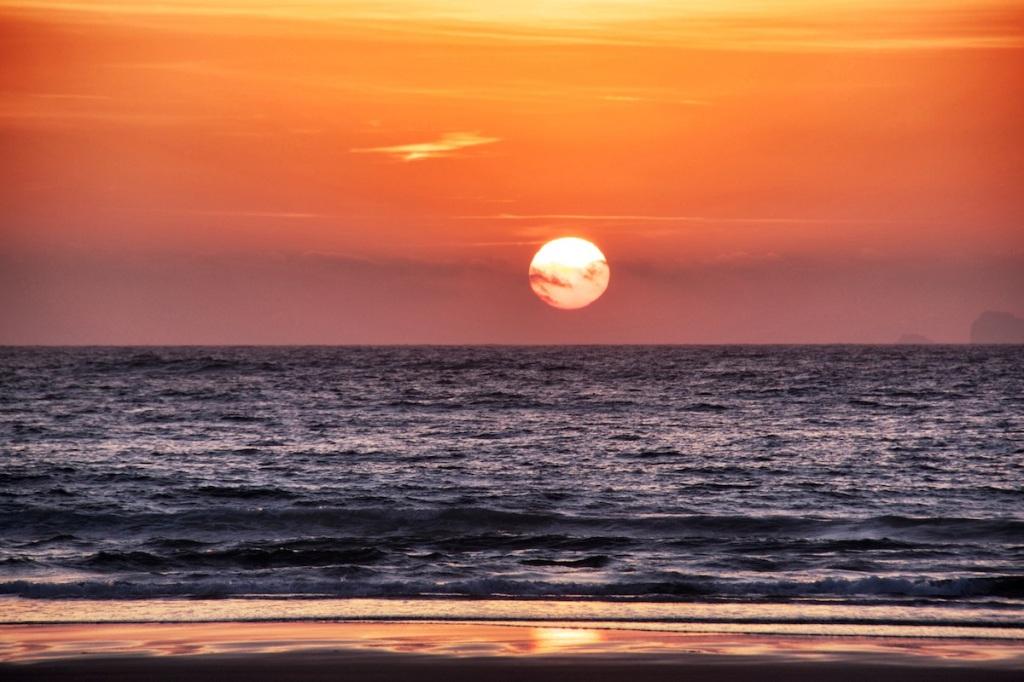 Sun setting 2