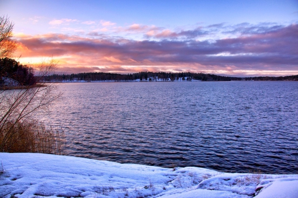Sunsetlake.jpg
